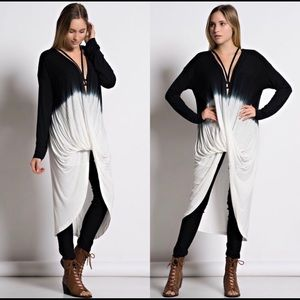 Tops - 🔴 🆕 Small Front Twisted Ombré Tunic Black/White